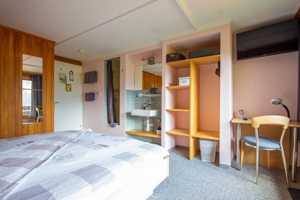 Doppelzimmer Eigerview mit Balkon